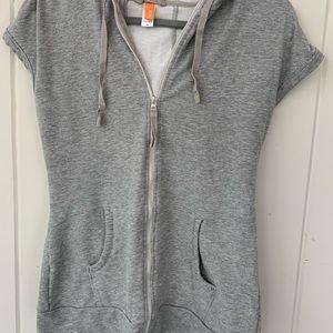 Lucy short sleeve hoodie